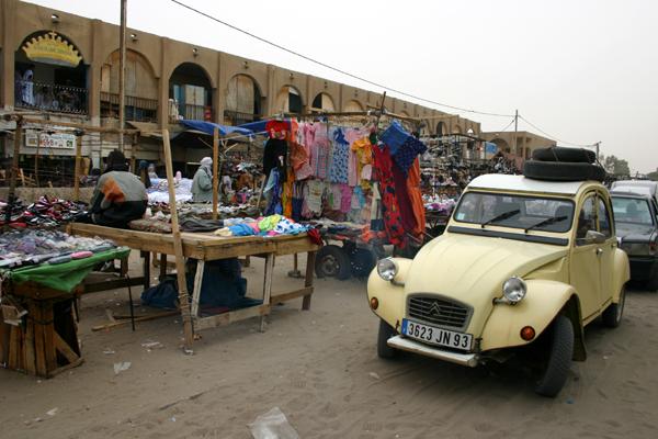 Récit d'un voyage en Afrique à bord d'une 2CV 2006 199_ma10