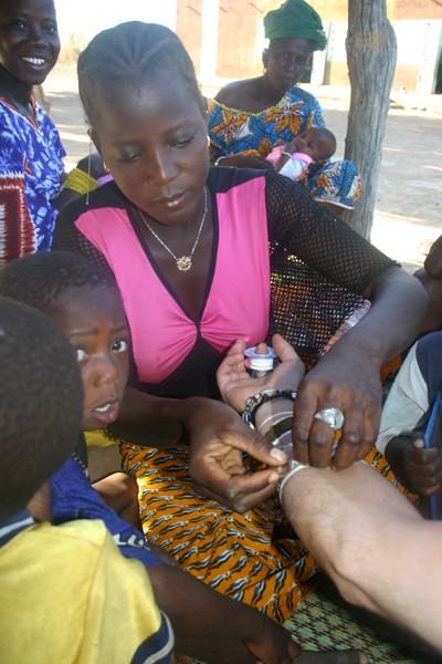 Récit d'un voyage en Afrique à bord d'une 2CV 2006 204_ch10
