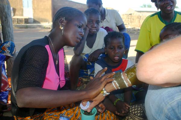 Récit d'un voyage en Afrique à bord d'une 2CV 2006 208_ch10