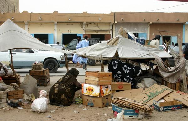 Récit d'un voyage en Afrique à bord d'une 2CV 2006 211_ma10
