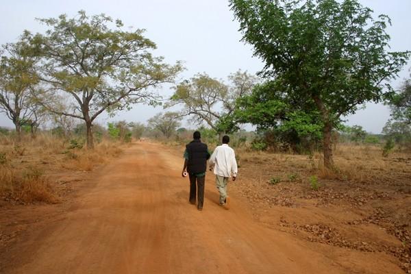 Récit d'un voyage en Afrique à bord d'une 2CV 2006 219_bu10
