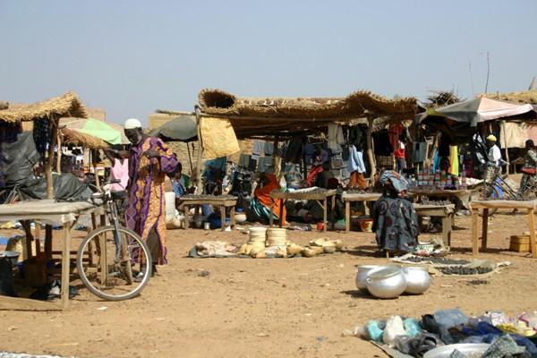 Récit d'un voyage en Afrique à bord d'une 2CV 2006 231_bu10