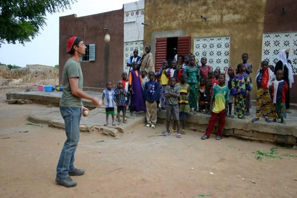Récit d'un voyage en Afrique à bord d'une 2CV 2006 260_ch10