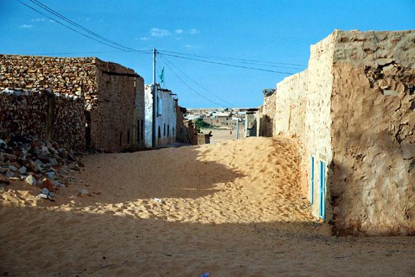 2006 Mauritanie en 4x4 bimoteur 27_rue10