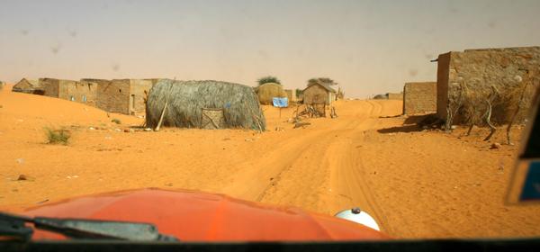 2006 Mauritanie en 4x4 bimoteur 2cv_bi33