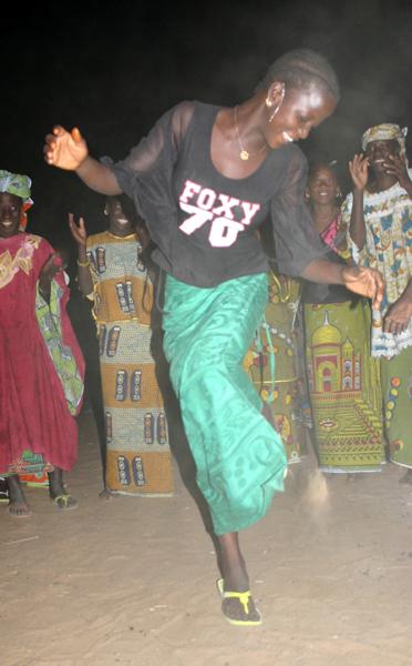 Récit d'un voyage en Afrique à bord d'une 2CV 2006 64_che10