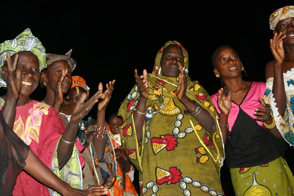 Récit d'un voyage en Afrique à bord d'une 2CV 2006 67_che10