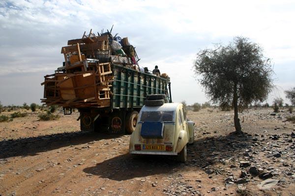 Récit d'un voyage en Afrique à bord d'une 2CV 2006 Imagen11
