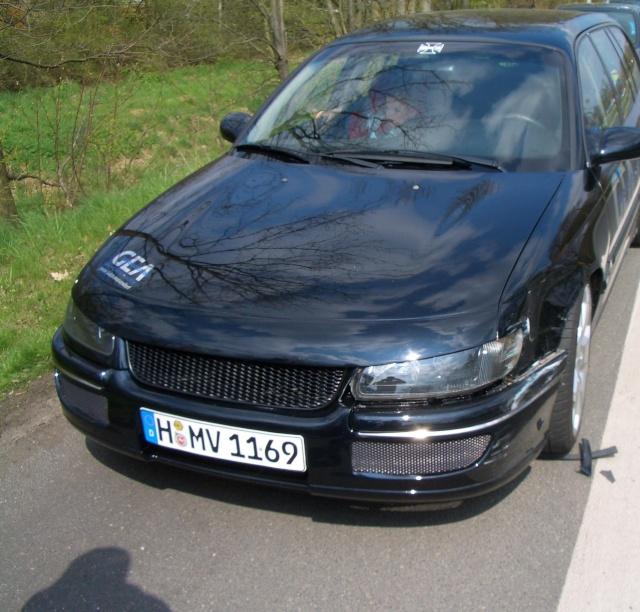 Omega B MV6 von Dennis i500 / Unfall Unfall11