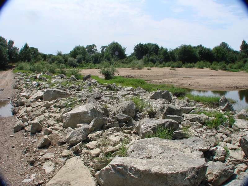 """[49 - Maine et Loire] Spot de Montjean sur Loire """"été"""" 0310"""