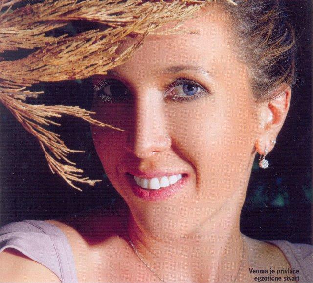 Slike Jelene Jankovic - Page 5 11hdv710