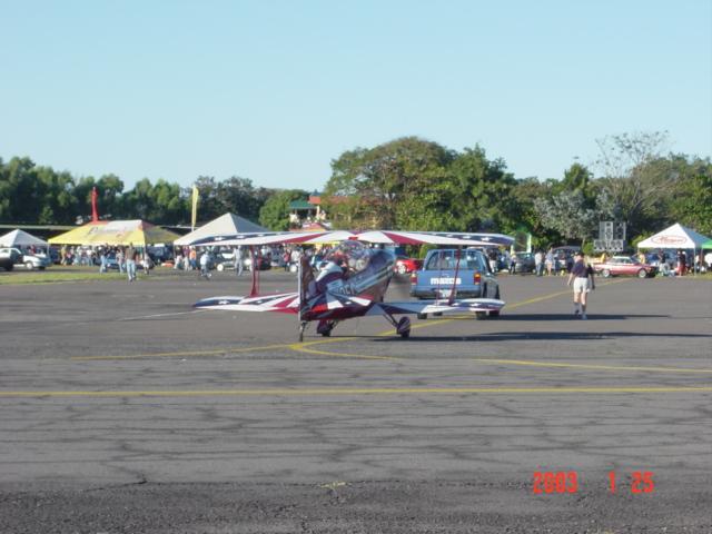 Aeroshow en Ilopango 2003. Dsc00011