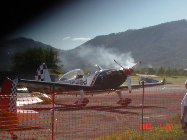 Aeroshow en Ilopango 2003. Dsc00017
