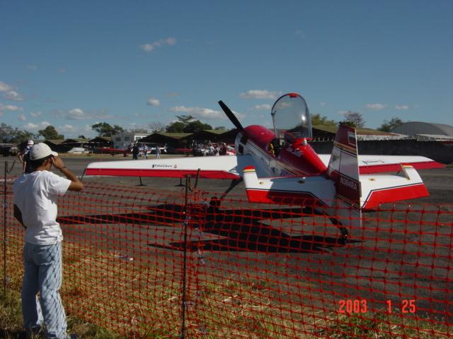 Aeroshow en Ilopango 2003. Dsc00020