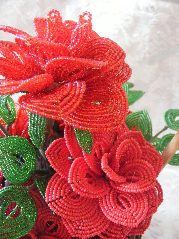 fleurs en perle de rocaille 53513610