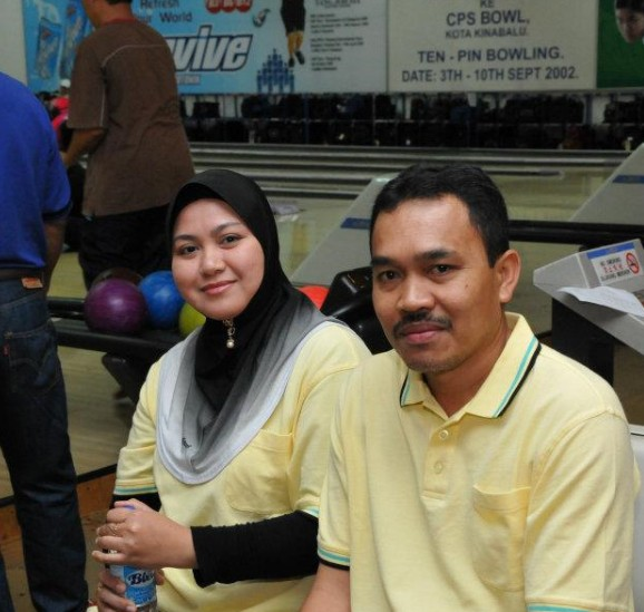 Ahli KSH JPS Kota Belud sudah mula main bowling.....:) B710