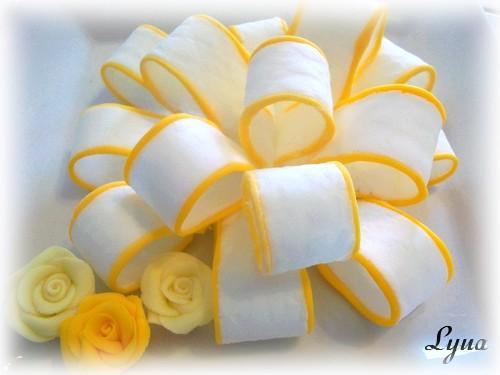 Fondant à la guimauve ou pâte à sucre pour recouvrir ou décorer des gâteaux Pate_a13