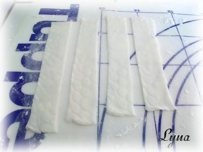Fondant à la guimauve ou pâte à sucre pour recouvrir ou décorer des gâteaux Pate_a15