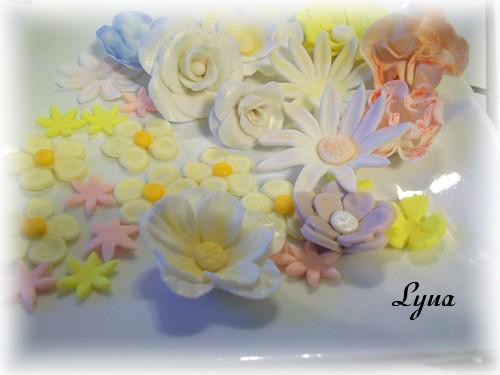 Fondant à la guimauve ou pâte à sucre pour recouvrir ou décorer des gâteaux Pate_s15