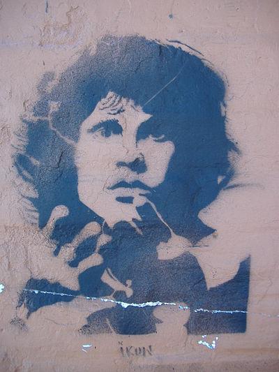 Maisons de Jim Morrison - Page 2 400px-10