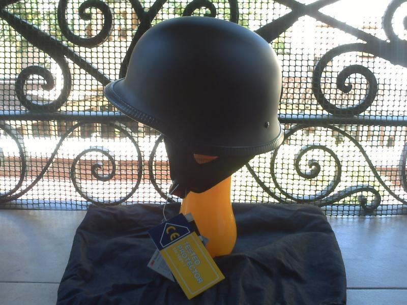 casco aleman negro mate Pict0110