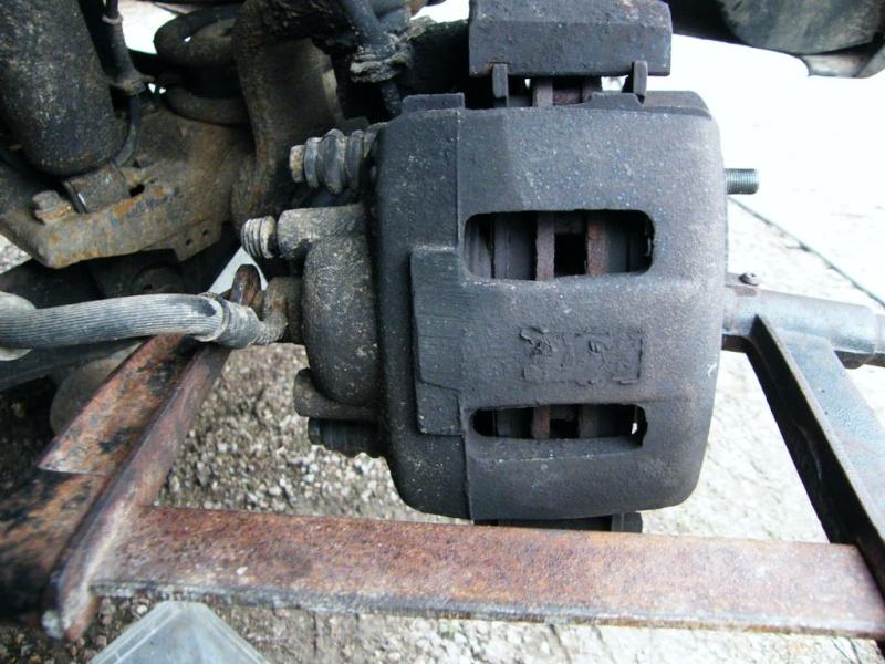 remplacement piston et  joint d'etrier de frein AV sur ZJ Dn4fsh10