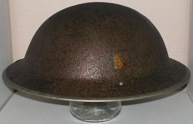 Ma petite collection de casques Anglais provenant du Calvados  100_5534