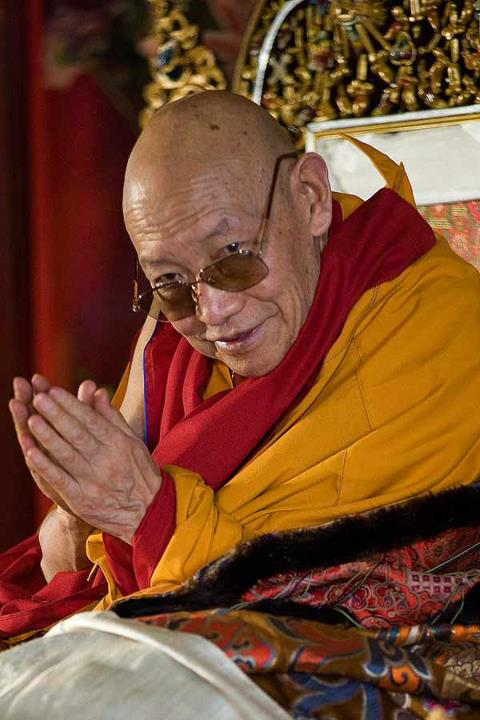 Départ de Kyabjé Trulshik Rinpoché 31599510