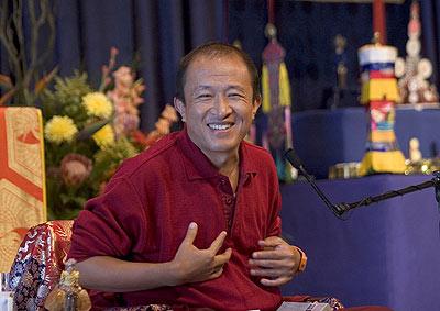 N'est pas Bouddhiste qui veut... Dzongs10
