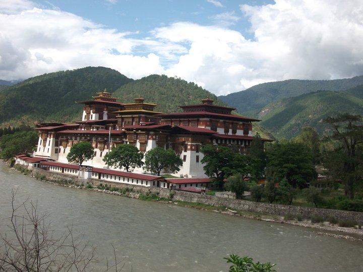 Interdit de fumer au Bhoutan Punakh10