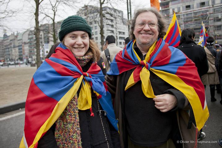 Manifestation pour le Tibet à Bruxelles - Page 2 Tn10