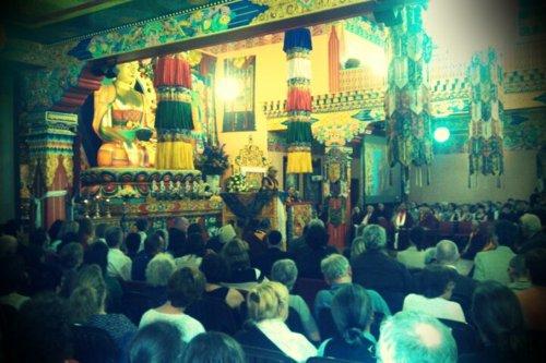 ling - Jeudi 24 mai 2012, visite de Sa Sainteté le Dalaï Lama à l'Institut Yeunten Ling, Huy, Belgique - Page 4 Tumblr10