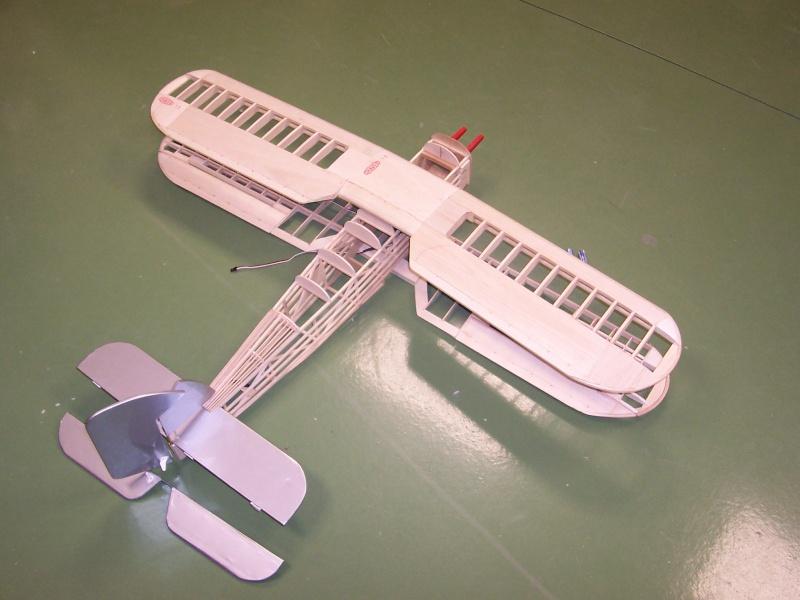 FOTOS SUBIDAS Construcción biplano Hawker Tomtit 00210