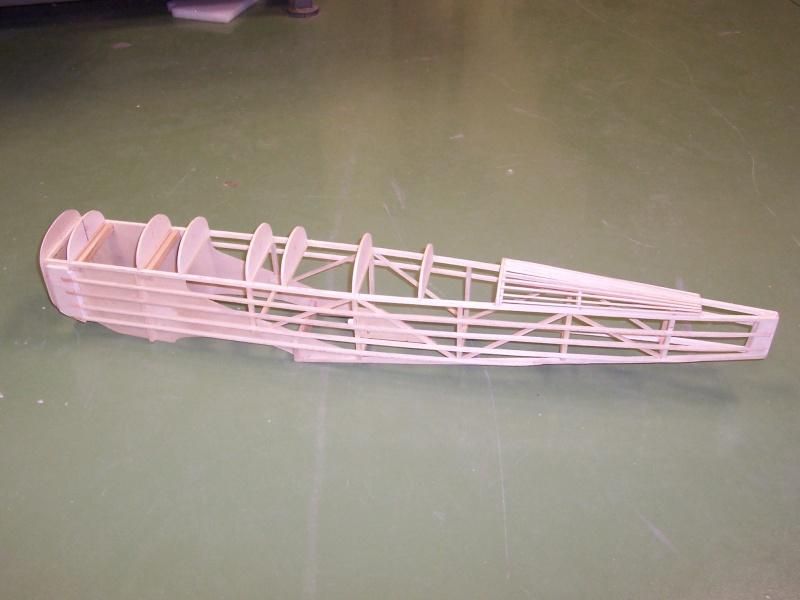 FOTOS SUBIDAS Construcción biplano Hawker Tomtit 5-02-213