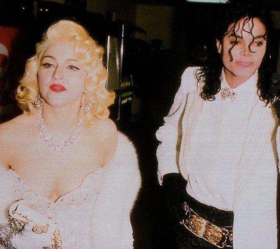 Immagini donne e presunte amanti di Michael - Pagina 2 Aa510