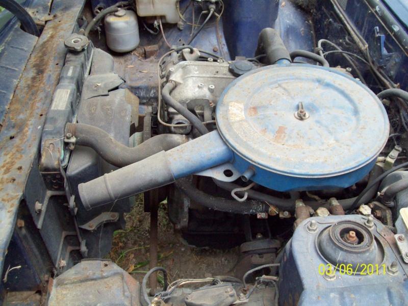 [MAZDA 121] Mazda 121 coupé de 1977 du Sud ! 100_1928