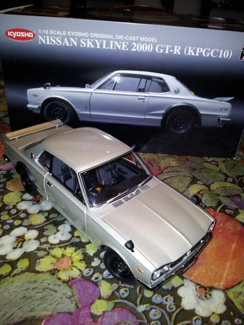 NISSAN SKYLINE 2000 GT-R KPGC10 KYOSHO 1/18ème Kyosho13