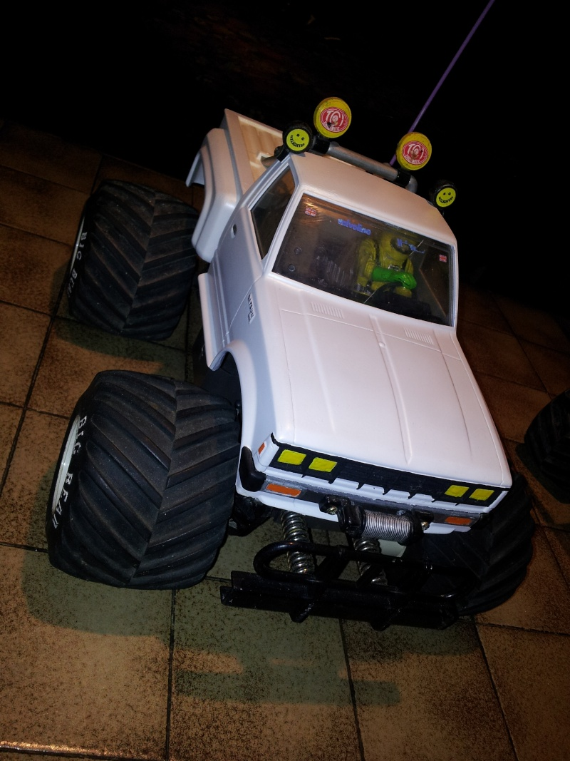 TAMYIA R/C 1/12ème DATSUN KING KAB 720 4WD via FORD F150 56 Mini_k15