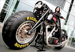 A Maior Moto do MUndo!!! 88685110