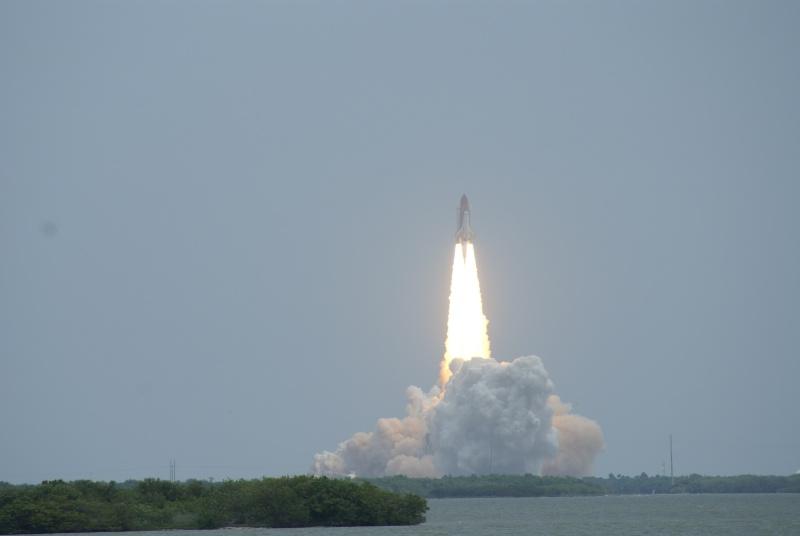 [STS-135, vol final] Suivi du lancement d'Atlantis (08/07/11 à 15h26 GMT) - Page 11 Dsc02311