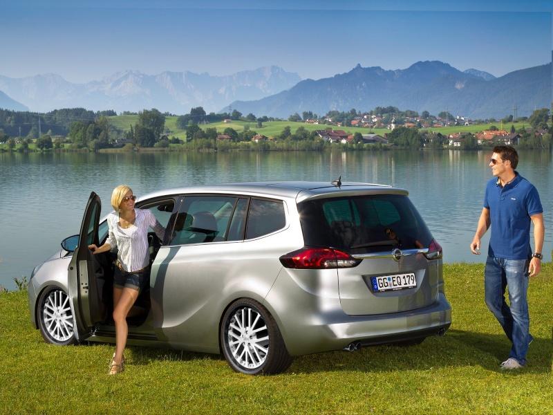Fake Showroom für Fortgeschrittene - Seite 4 Opel-z11
