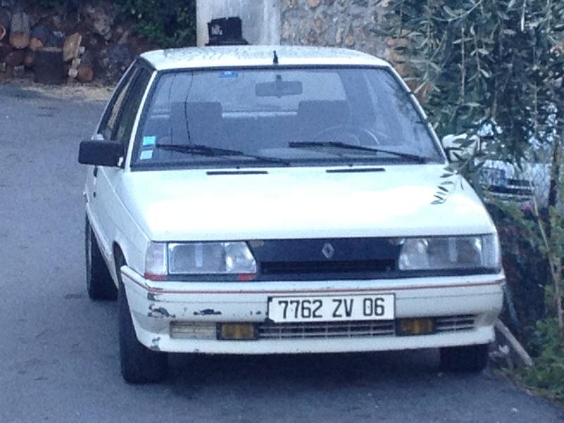 R11 Turbo Ph2 1987 de Shadok06 R1110