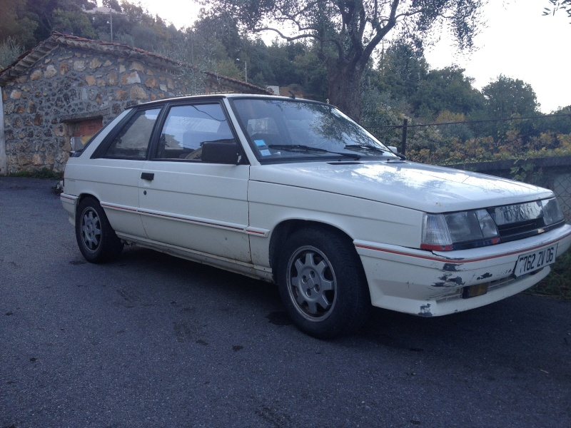 R11 Turbo Ph2 1987 de Shadok06 R11_310
