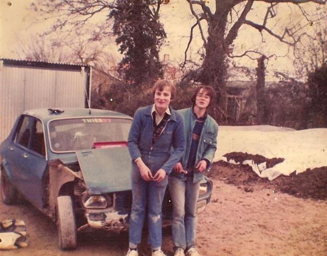 Photos de quelques anciennes............voitures! - Page 2 Mon_r111