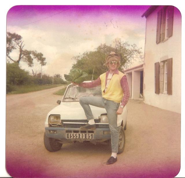 Photos de quelques anciennes............voitures! - Page 2 R_5_ts10
