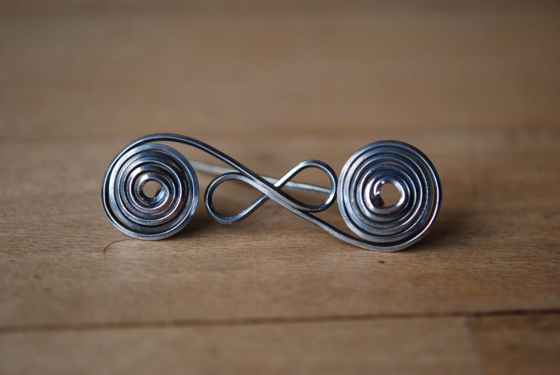 Fibule à double spirale Dsc_6833