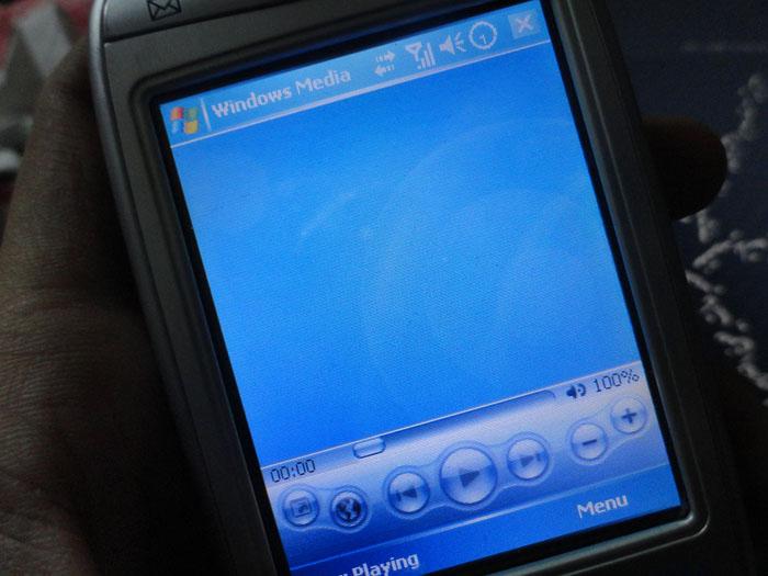 بالصور: كيفية + رابط تحميل ثيم للويندوز ميديا موبايل 001310