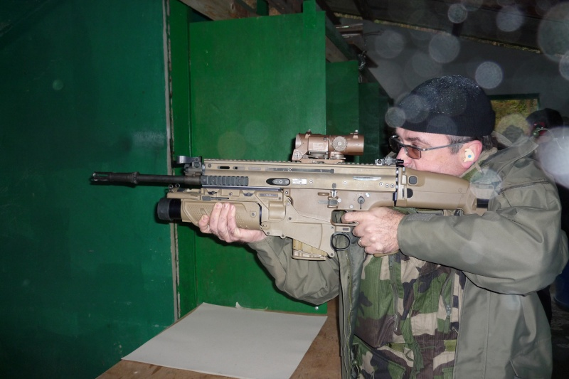FN SCAR H & L - première mise en jambes P1020010