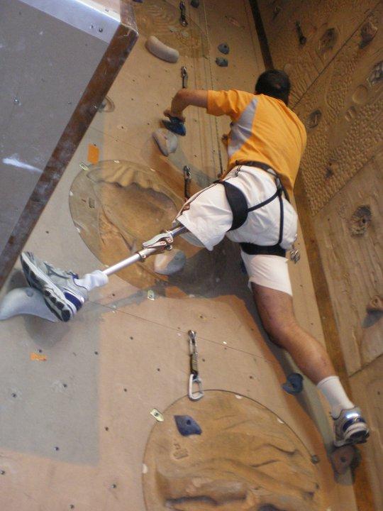 COLLECTE DE DON: un blessé de l'Armée de Terre au sommet du Mont Blanc J_truc11