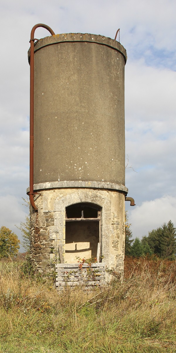 Ignoring the obvious - Railway history in the Charente Tower110